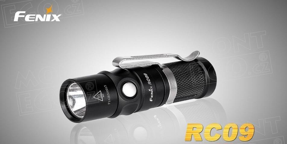 Mini nabíjecí LED svítilna Fenix RC09, baterka s 550 lumeny, nabíjení přes USB